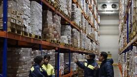 TPHCM thực hiện Chỉ thị 16: Tăng 50% lượng hàng hóa dự trữ