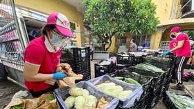 TPHCM: Gần 2.000 điểm bán thực phẩm thiết yếu với 866 lượt xe lưu động