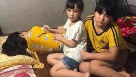 Mẹ ung thư giai đoạn cuối, 2 con trẻ bơ vơ