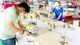 Mở cơ hội cho lao động trở lại nhà máy