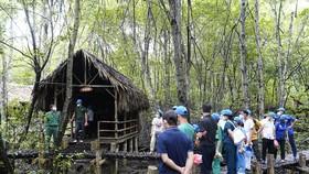 Lữ hành Saigontourist tiên phong tặng miễn phí bảo hiểm Covid-19 cho du khách
