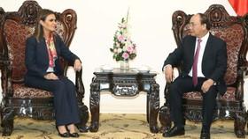 Thủ tướng Nguyễn Xuân Phúc tiếp bà Sahar Nasr, Bộ trưởng Bộ Đầu tư và Hợp tác quốc tế Ai Cập đang ở thăm và làm việc tại Việt Nam. Ảnh: TTXVN