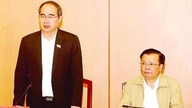 Bí thư Thành ủy TPHCM Nguyễn Thiện Nhân và Bộ trưởng Bộ Tài chính Đinh Tiến Dũng chủ trì cuộc làm việc giữa Thành ủy, UBND và Đoàn đại biểu Quốc hội TPHCM với Bộ Tài Chính