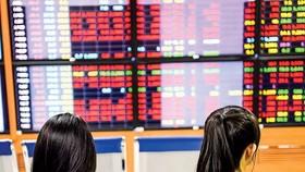 Cần xử lý mạnh bán chui cổ phiếu