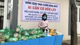 Thơm thảo những tấm lòng hỗ trợ người nghèo vượt qua đại dịch
