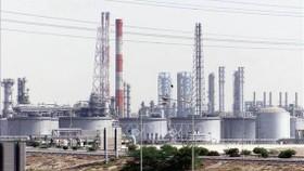 OPEC+ đồng ý cắt giảm sản lượng dầu