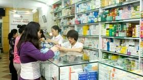 Sẽ xét nghiệm tất cả người mua thuốc cảm, ho sốt