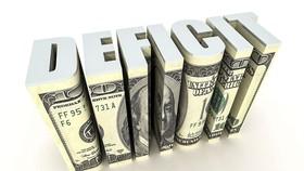Muốn ổn định vĩ mô phải thâm hụt ngân sách