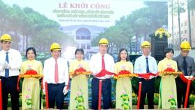 Khởi công công trình khôi phục, nâng cấp  công viên trước Nhà hát Thành phố