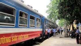 Đường sắt chạy lại tàu Thống Nhất SE9/10 và nhiều đôi tàu du lịch
