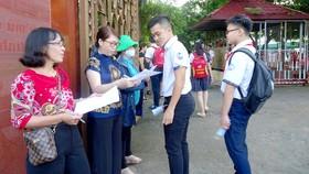 Hơn 82.000 thí sinh TPHCM bước vào môn thi đầu tiên của kỳ thi tuyển sinh lớp 10