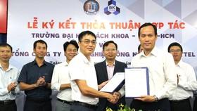 """Doanh nghiệp Việt làm """"trọn gói"""" 5G"""