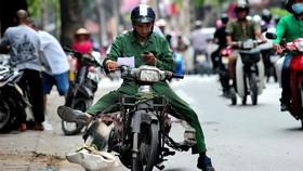 Ai được lợi trong đề xuất đổi xe máy?