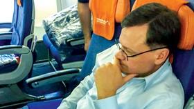 Buryakov được dẫn độ sang Nga trên một chuyến bay thương mại.