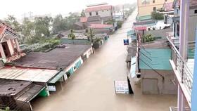 Quảng Bình: Còn hơn 95.000 nhà dân chìm trong biển nước