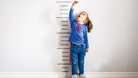 Tầm soát sớm chậm tăng trưởng chiều cao ở trẻ