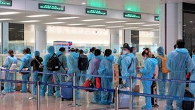 Tạm dừng các chuyến bay về Việt Nam từ nơi có lây nhiễm chủng mới của virus SARS-CoV-2