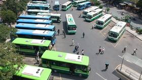 TPHCM: Xe buýt phục vụ không nghỉ tết