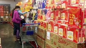 Thị trường hàng hóa Tết Tân Sửu: Hàng Việt chiếm ưu thế
