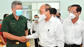 Chủ tịch nước Nguyễn Xuân Phúc: Thúc đẩy TPHCM thành hình mẫu, có sức cạnh tranh trong khu vực