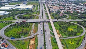 Khẩn trương triển khai các dự án thành phần đường Vành đai 3, 4 TPHCM