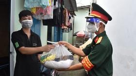 TPHCM phân bổ 14.549 tấn gạo hỗ trợ người dân khó khăn