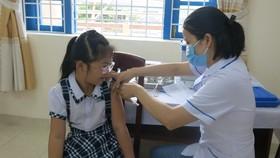 Tính toán kế hoạch tiêm vaccine cho học sinh