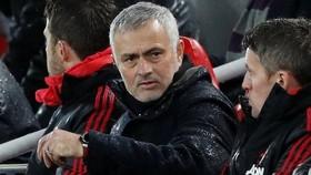 Man United sa thải Jose Mourinho