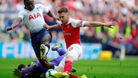 Aaron Ramsey ghi bàn từ sớm cho Arsenal