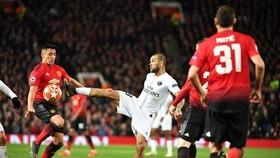 Dani Alves kêu gọi PSG đừng quá chủ quan, khinh địch
