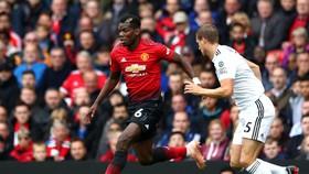 Paul Pogba sẽ đối mặt với thách thức ở Molineux.