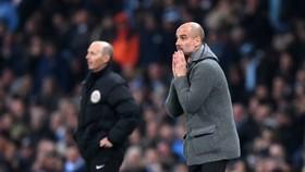 Pep Guardiola cầu nguyện cho Man City thoát bão chấn thương