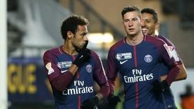 Neymar và Julian Draxler