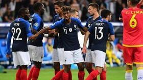 Didier Deschamps xoa tay hài lòng