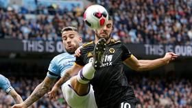 Man City - Wolves 0-2: Adama Traore ghi cú đúp, hạ gục nhà vô địch