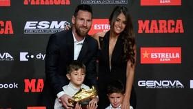 Messi đoạt Chiếc giày vàng thứ 3 liên tiếp