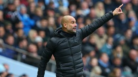 Guardiola hy vọng Man City thích ứng với cơn bão chấn thương