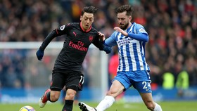 Mesut Oezil sẽ dẫn dắt Arsenal đến chiến thắng