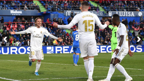 Luka Modric mừng bàn thắng