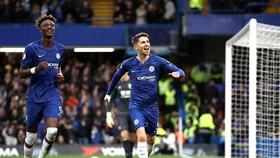 Chelsea - Burnley 3-0: The Blues dạo mát trên sân nhà