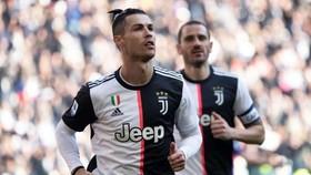 Cristiano Ronaldo vượt qua Batistuta, Platini và cả Rô béo ở Serie A