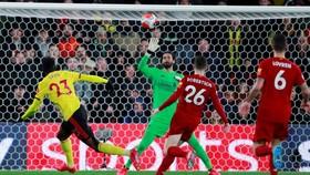 Liverpool bất ngờ thua 0-3 trên sân Watford