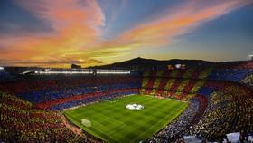 Barca sẽ bán tên sân Camp Nou để gây quỹ chống Covid-19