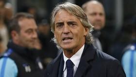 Roberto Mancini không muốn Serie A nối lại