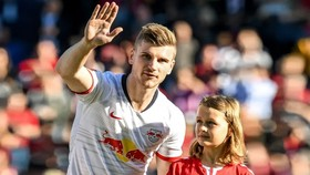 Timo Werner trong trận gặp Freiburg.