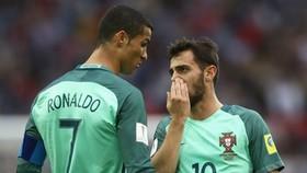 Cristiano Ronaldo và Bernardo Silva