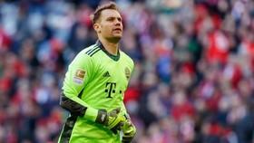 Manuel Neuer gia hạn, Alexander Nubel lo lắng