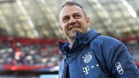 Hansi Flick sớm ghi kỷ lục ở Bayern