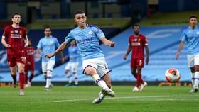 Manchester City đè bẹp Liverpool 4-0