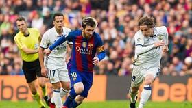 Messi sẽ phải gánh vác nhiệm vụ ghi bàn cho Barcelona.